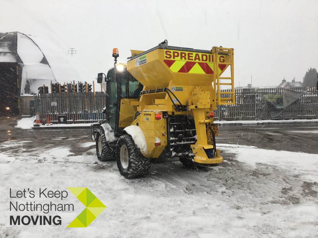 Gritter in snow