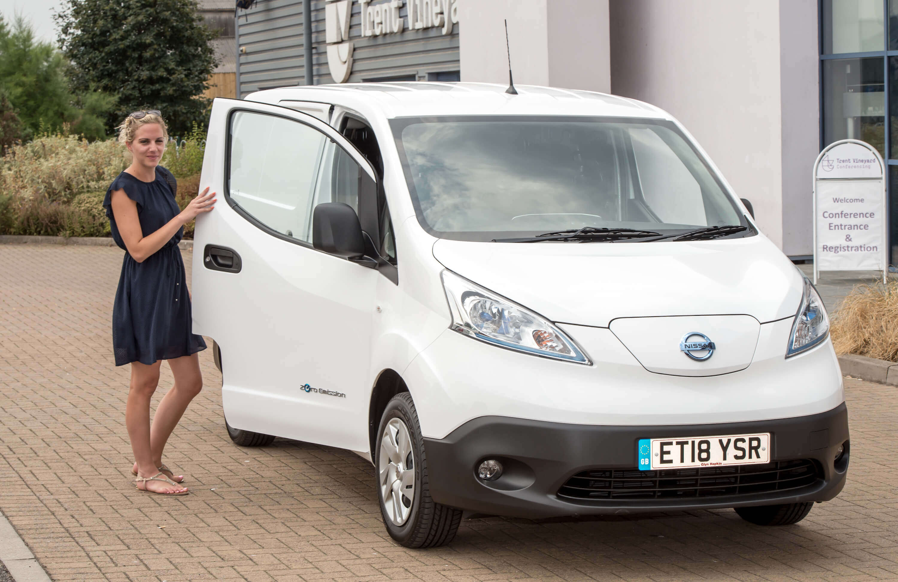 The Workplace Travel Service: ULEV Experience 'Ride & Drive' Electric Vehicle Showcase and Workshop
