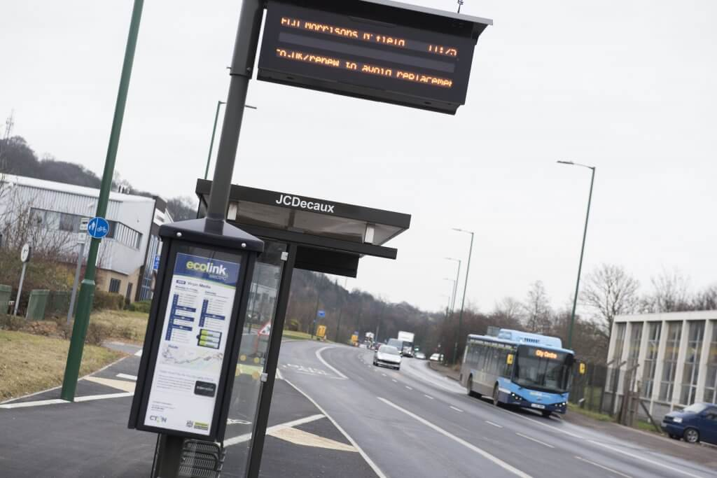 Bus stop with real time