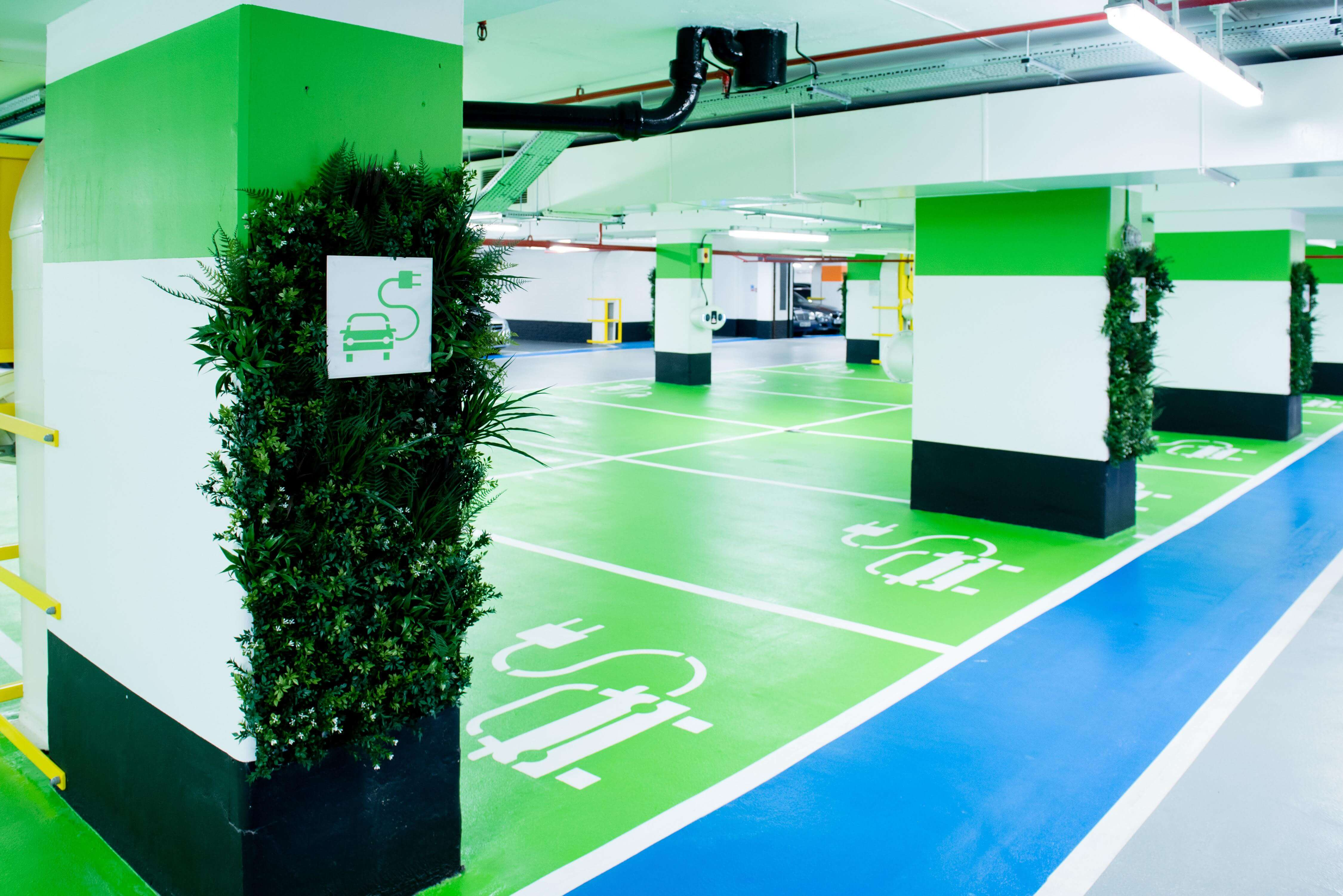 intu Victoria Green Zone