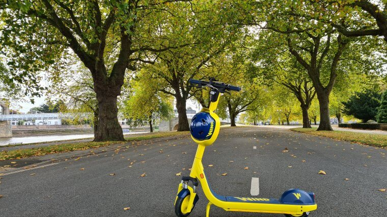 e-scooter at the embankment