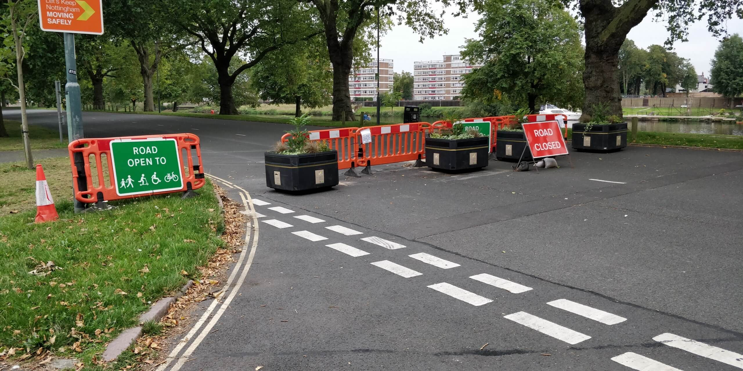 Temporary signs at Victoria Embankment